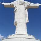 Pomnik postawiony Chrystusowi, świadectwo próżności ludzkiej o 4 metry większej niż w Rio de Janerio i ok 2 metry mniejszej niż w Świebodzinie